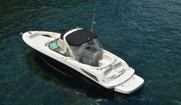 Sea Ray 300 ''Flip Flops'' (without captain)