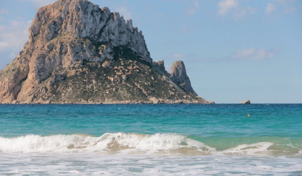 The 5 best anchorages in Ibiza