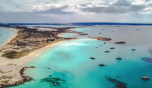 What's the weather like on Formentera in autumn?