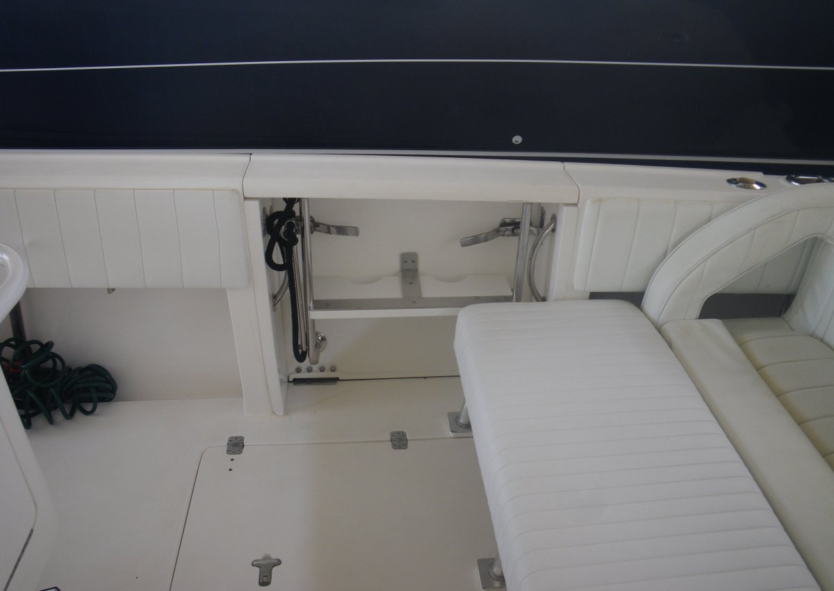 Intrepid 37 Center Console